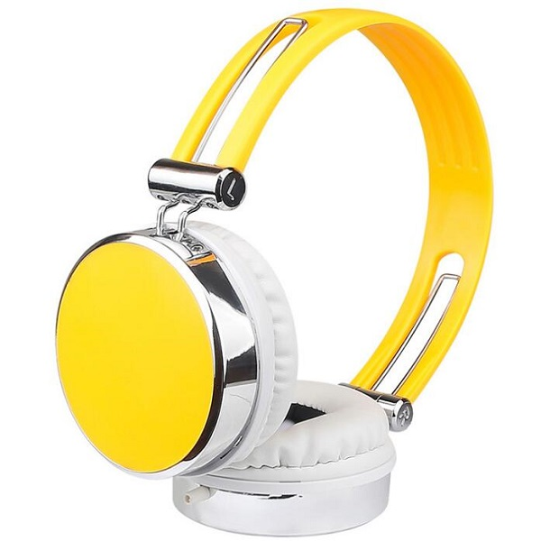 Beautiful headphone with adjustable headband
