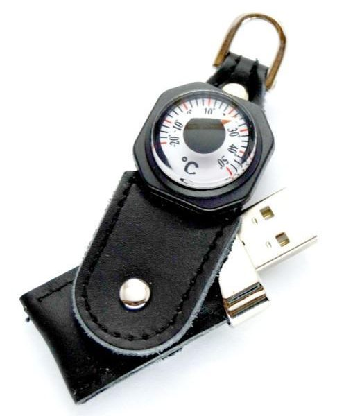 USB with thermometer